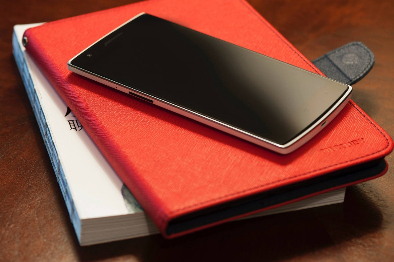 OnePlus One final libri